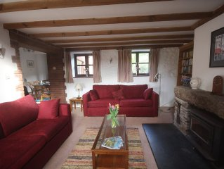 Delightful Cottage Close To The South West Coastal Path and Sandy Beaches