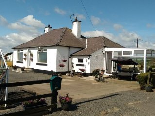 Lovely country bungalow in rural setting near St Andrews.  Ideal for golfers.