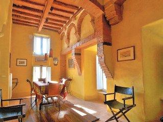 Casa Prisca nel Borgo Antico di Buonconvento (Val D'Orcia)