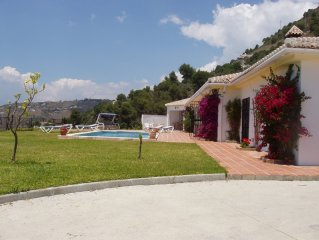 Luxury villa with fantastic views, large private  pool