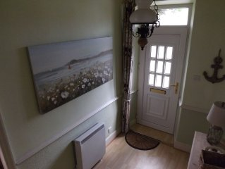 Turnstone cottage, Seahouses - comfortable terraced cottage