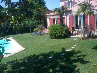 Maison de famille avec piscine au site Cézanne.
