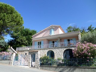 Manosque charm rental