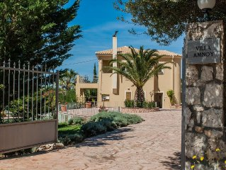 Luxury Villa With Pool In Quiet Location, Near To Beach, Tavernas and Shop