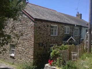 Grade II Listed Holiday Cottage in Crantock Village