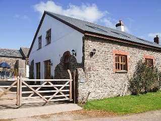 Spacious and Characterful 3 bedroom Detached Barn Conversion close to coast.