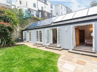 A stunning newly-built mews house just a few feet from the waterfront