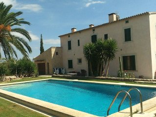 Increible Villa rural, gran piscina, BBQ, Wifi y vista montana Sierra Tramuntana