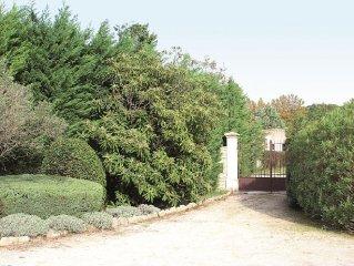 Villa provencale au pied des Alpilles 14 personnes