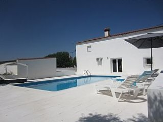 Villa With Private Heated Pool And Mountain Views