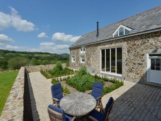 Grade II Listed Stone Barn Overlooking Dartmoor