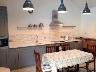 Holiday Cottage, York - Lovely Village Location