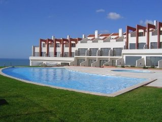3 Bedroom house with pool, tennis court and sea views