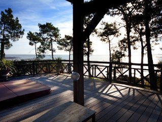 Stunning Wooden Villa with Panoramic Sea View, Jacuzzi, 50m from beach