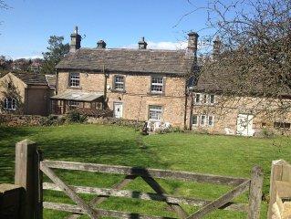 Cottage In Hathersage, Peak District National Park, Derbyshire, England
