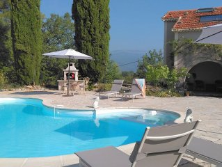 Peaceful 4 bedroomed private house with pool in 8
