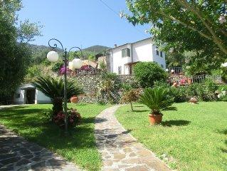 Monterosso Al Mare: casa con giardino