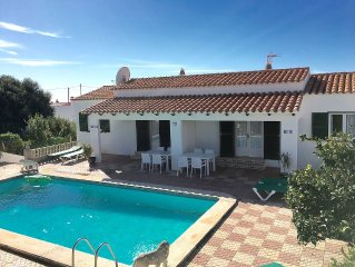 Detached Villa With Private Pool, Sunbathing, WIFI