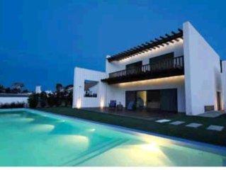 Casa com piscina - Comporta