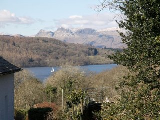 3 Bedroom en-suite with Lake & Mountain Views in Bowness with parking for 3 cars