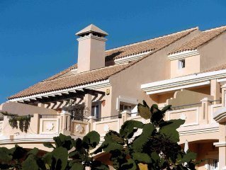 Penthouse Apartment, Free WiFi, Great Views, Close To Golf And Beach, Marbella