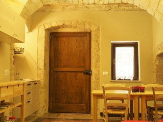 Two rooms in the house of 700 a few kilometers fr