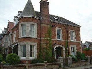 Beautiful Large Edwardian House in Swanage - 10 min Level Stroll Town/Beach