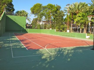 Large Luxury Family Home With Private Tennis Court And Swimming Pool