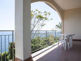 Villetta all'interno di una proprieta privata con accesso diretto alla spiaggia.