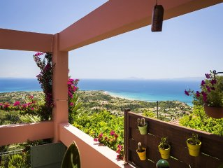 Stunning villa with breathtaking sea views,private pool,pool table,table tennis