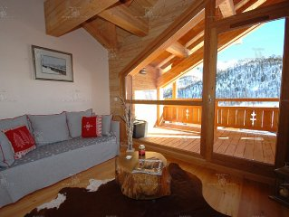luxury apartment 6 persons with swimming pool spa, the fantastic ski slopes