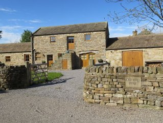 Converted Barn In Quiet Coverdale  With Views