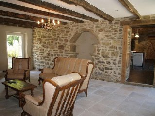 Luxury cottage with Private Heated pool, near Dinan, St Malo, Dinard....