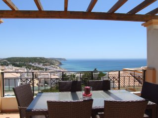 New Luxury 3 bedroom Villa The View Salema Algarve
