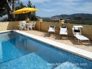 Villa With Stunning Panoramic Views And Private Pool