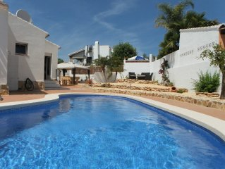 Villa With Private Pool walk to beach, restaurants / bars