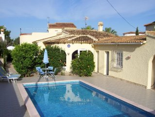 Detached villa, private pool and gardens 500 metres to beach 2 kms to village