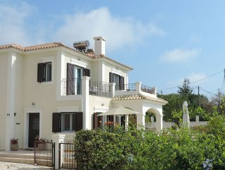 Villa With Private Pool, Stunning Views Of Sea And Mountain