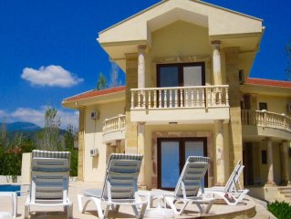 Villa with 52sqm Private Salt Pool and Stunning Views.
