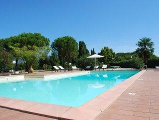 Elegant villa tucked away among the Umbrian green