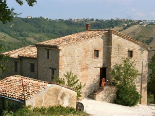 Organic olive farmhouse with superb views. Mountains, sea, cultural interest