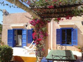 Morocco Magic... Unique House Stylish Retreat - Great Location - Good Times