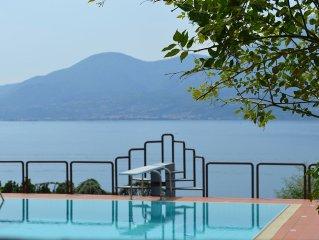 Splendida vista lago a Villa dei Fiori