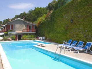 Stunning villa, panoramic lake view, private swimming pool and beach near Rome