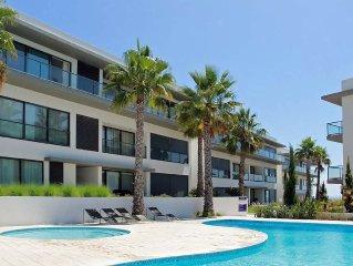 Zeer zonnig luxe appartement met mooi zonneterras vlakbij het strand