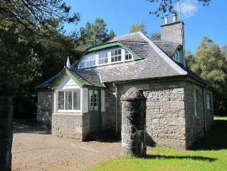 Traditional Stone Built Gate House In The Heart Of The Highlands