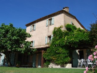 200 year-old Provencal dream house with stunning views, near Bargemon