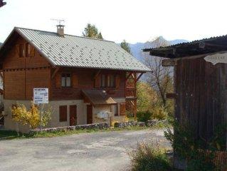 Appartement dans chalet centre village Puy Saint Vincent Les Prés 1400