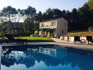 Secluded, private house with heated pool in the heart of Provence