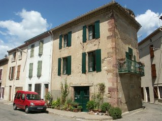 Acanthus - Charming Village House for Rent